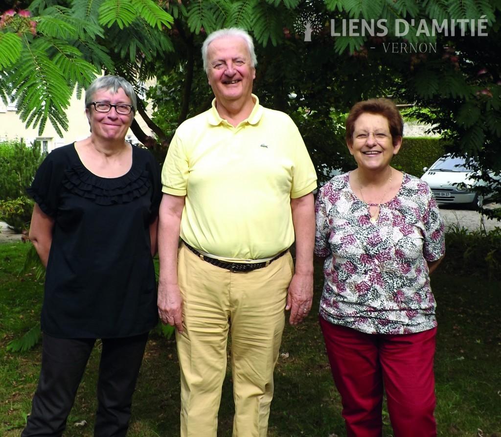 De gauche à droite, Michèle Blandin, Bertrand Vanhoutte et Claudine Vanhoutte, respectivement secrétaire, président et trésorière de Liens d'amitié à Vernon.